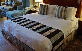 Franciaágy - Ágyneműtartós és kárpitozott ágy, matrac